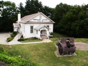 Tony_Ward_Studio_old_court_house_Radford_Virginia_American_legion