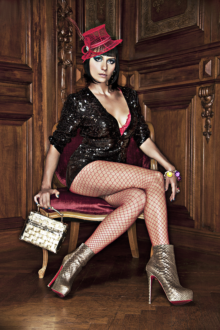 Tony_Ward_fashion_photography_German_Cosmopolitan_model_Carmelita_martell_fishnets_red_hat_Louboutin_heels