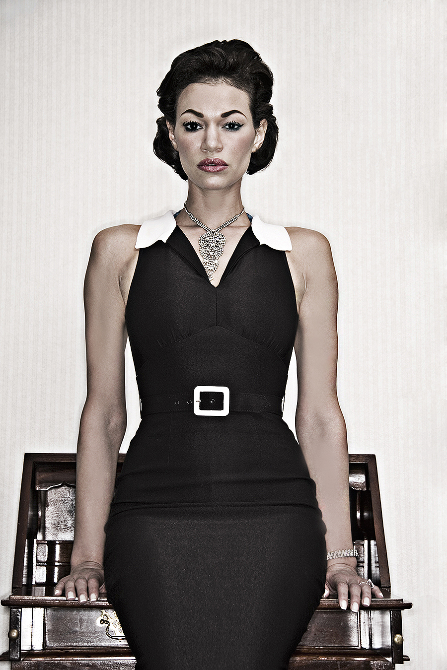 Tony_Ward_fashion_photography_vintage_Chanel_dress_Model_Shannon_Niland_necklace_vintage_jewelry