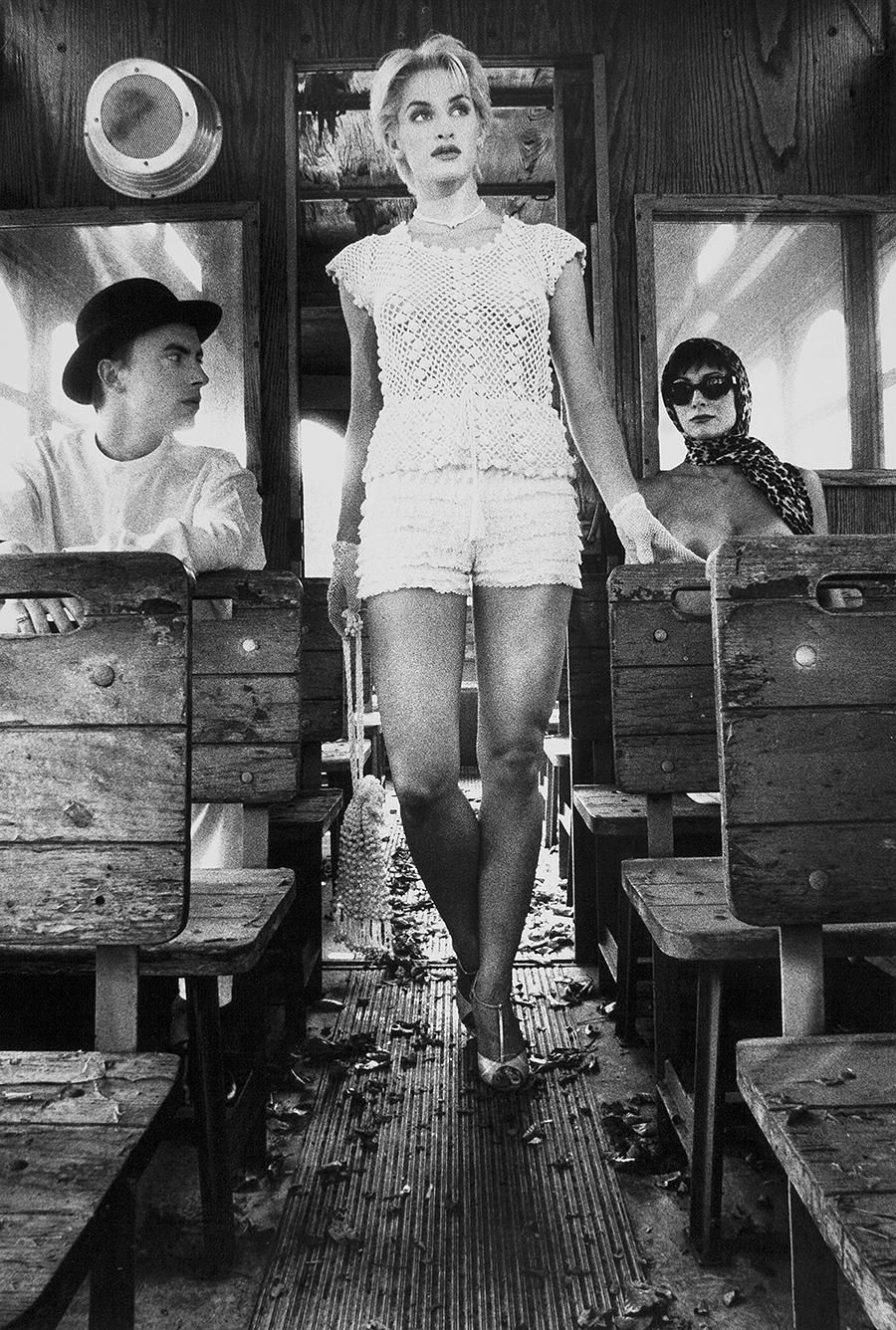 Tony_Ward_early_erotic_tableaux_vivants_old_bus