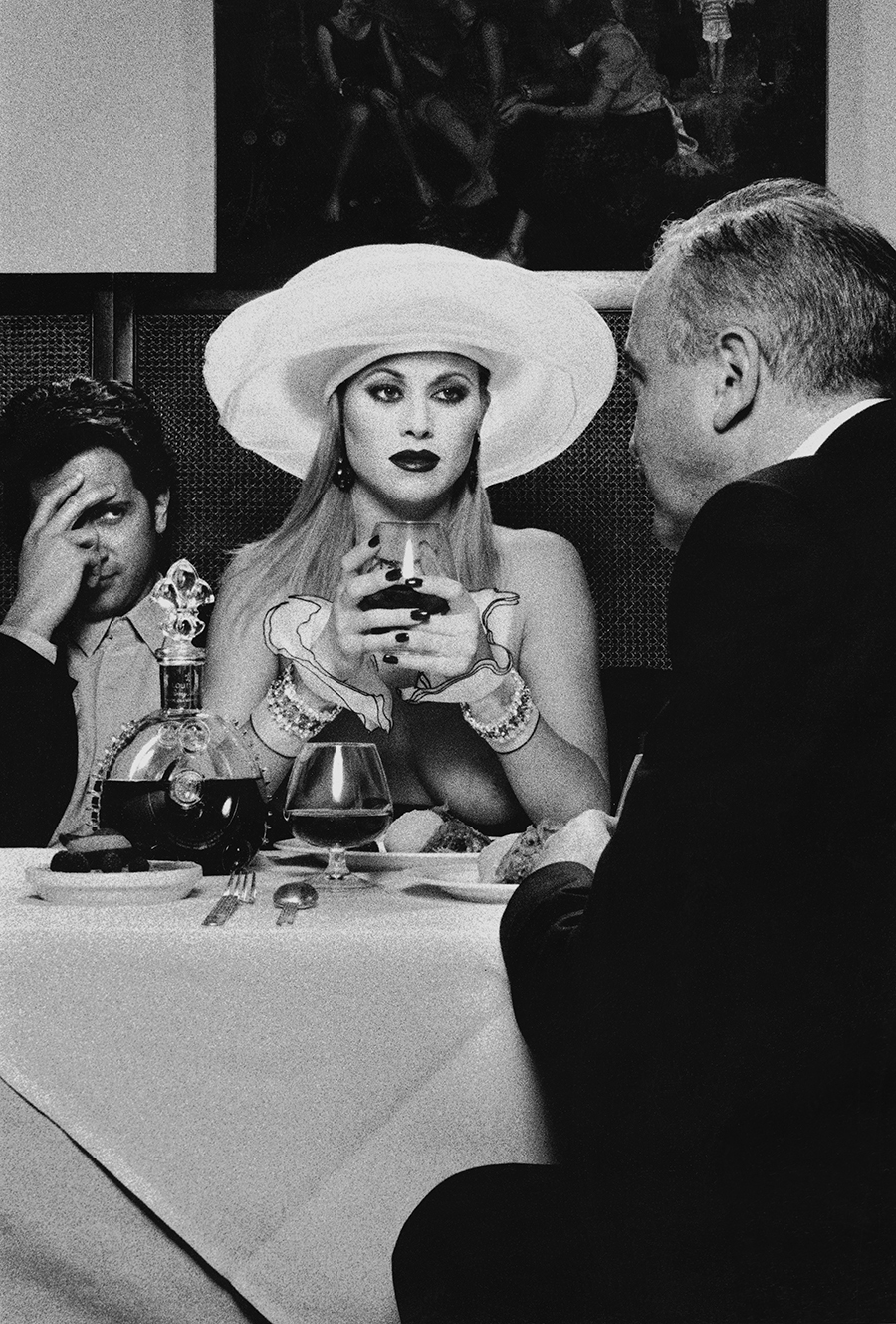Tony_Ward_studio_Tableaux_vivants_dinner_for_two_big_hats_glamour_nude_peter_flarety_eduardo_glandt