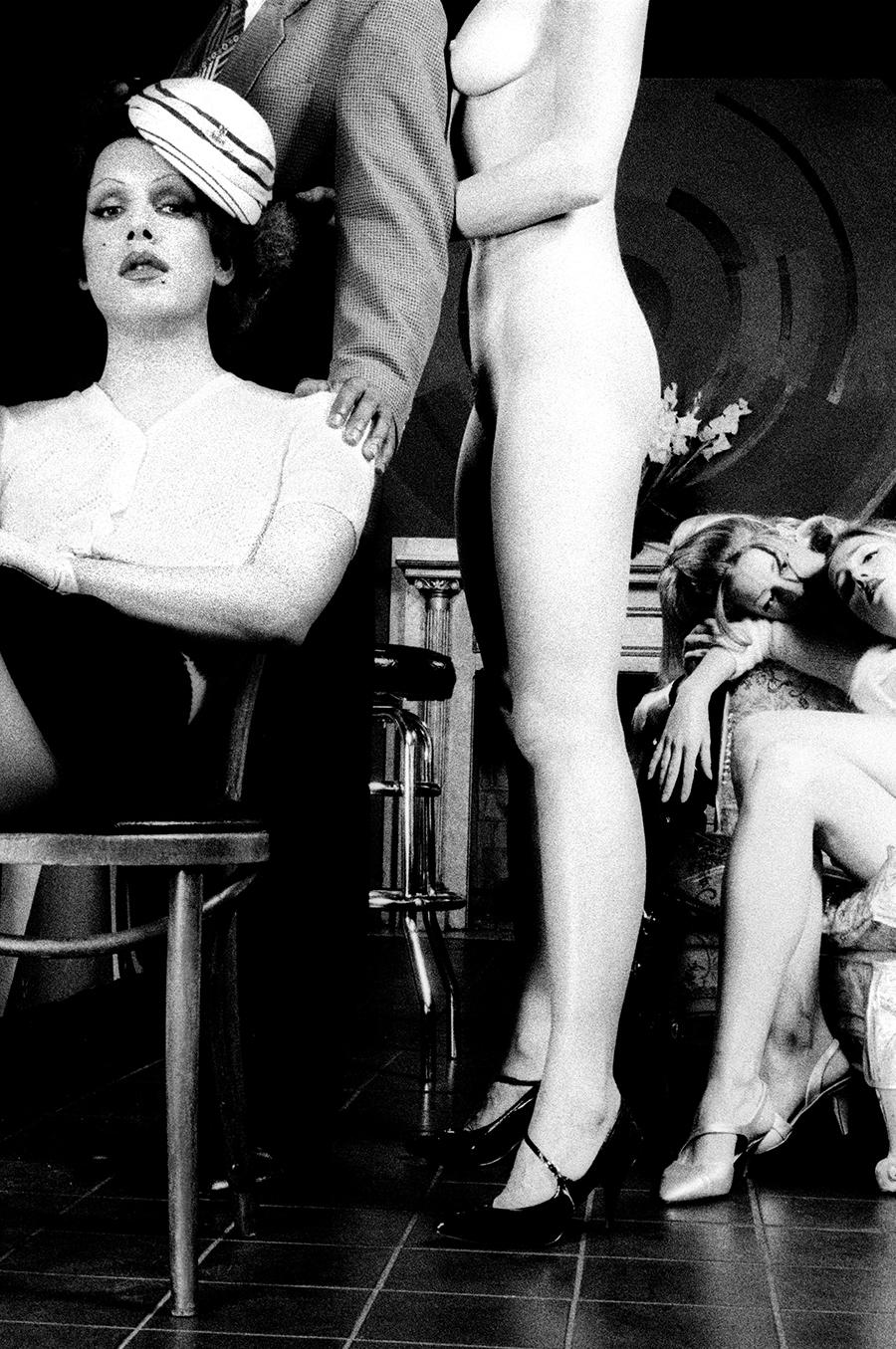 tony_ward_studio_tableaux_vivants_asian_models_dresser_mirror_reflection_obesity_vanity_queen_nudes_erotica