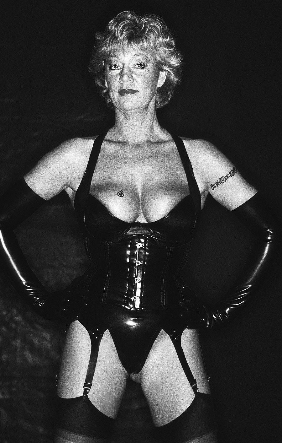 med-Tony_Ward_Wasteland_fetish_photography_transgender_masked_corset_Grand_damme