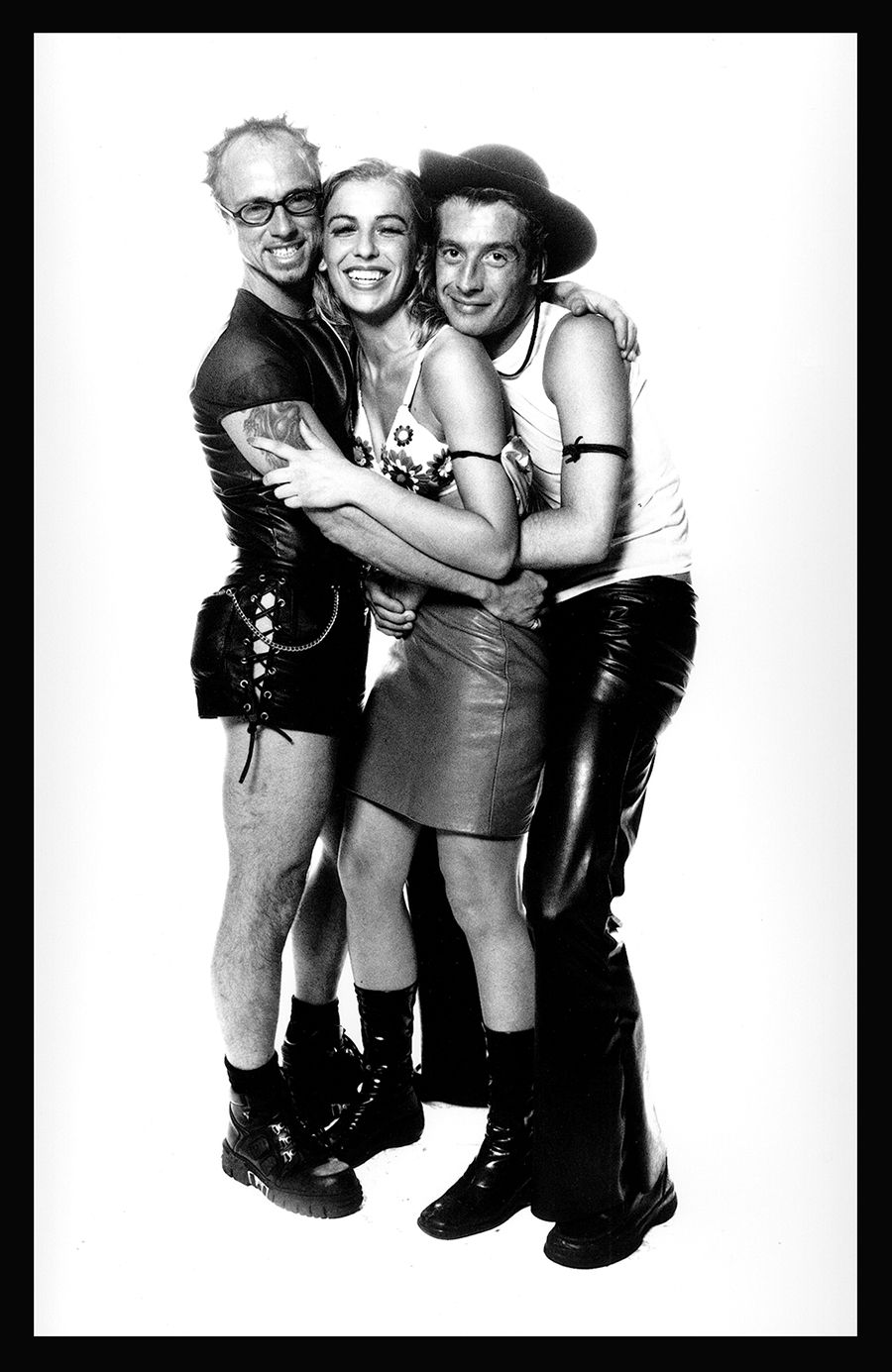 med-Tony_Ward_photography_wasteland_fetish_party_Amsterdam_The_Netherlands_Holland_kink_kinky_parties_threesome-c19