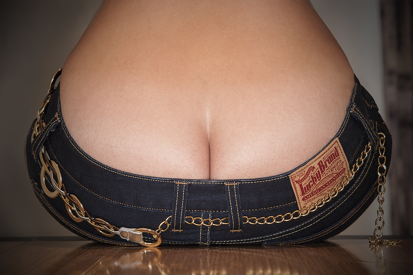 Tony_Ward_Studio_Lucky_Brand_Jeans_bodyscape_erotica_beautiful_butt_shapely_fit