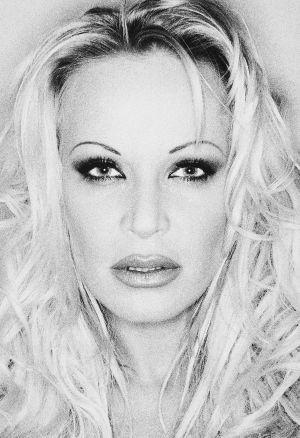 Tony_Ward_Photography_early_90's_portraits_star_ring_light_sexy_girls_Ina_Werner_German_Pam_Anderson_Hamburg.jpg