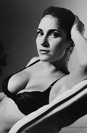 Tony_Ward_early_photography_portfolio_classics_bras_lingerie_beauty_fashion_model_Hallie_18L.jpg