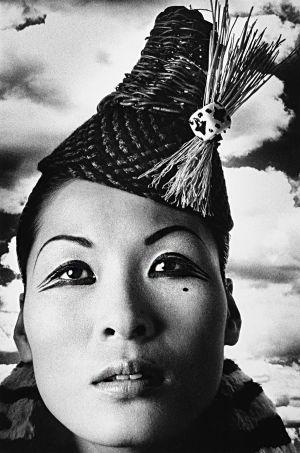 Tony_Ward_early_work_portfolio_classics_nudes_1990's_rooftop_vintage_hat_model_famous_models_Los_Angeles_santa_monica_view_obsessions_Nhami_studio_Korean_beauty_portrait_eyeliner_hats_13L.jpg