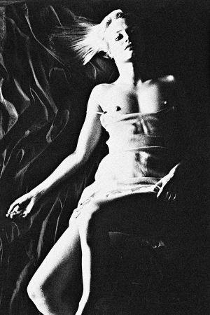 Tony_Ward_photography_early_work_max_magazine_andrea_suwa_actress_topless_sheer_bird's_eye_view_erotica_73R.jpg
