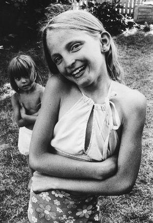 Tony_Ward_photography_early_work_lancaster_pennsylvania_yard_portraits_neighbors_sisters.jpg