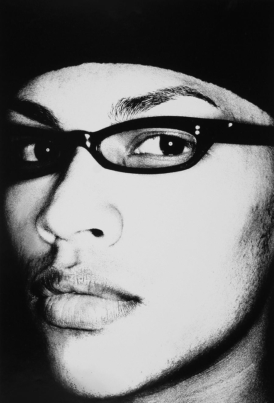 Tony_Ward_early_work_close_ups_1990's_ringflash_eyewear