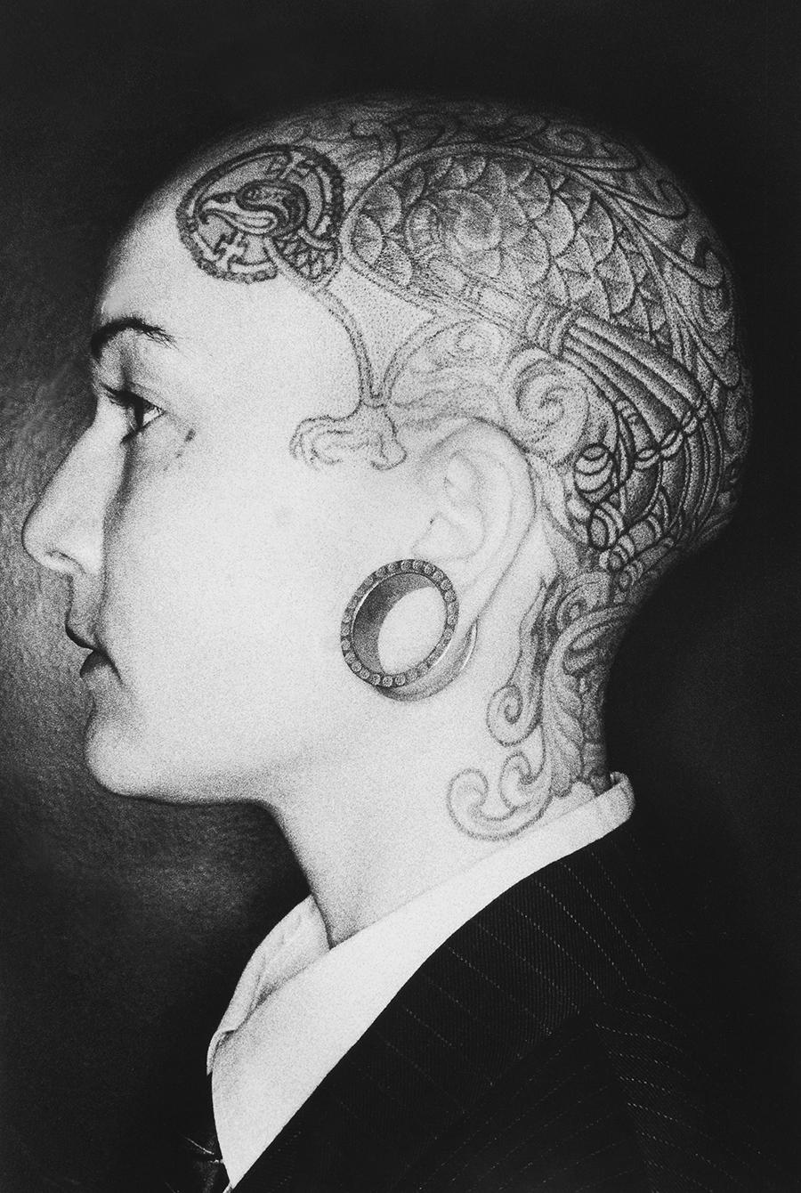 Tony_Ward_early_work_close_ups_1990's_ringflash_shaved_head_tattoo