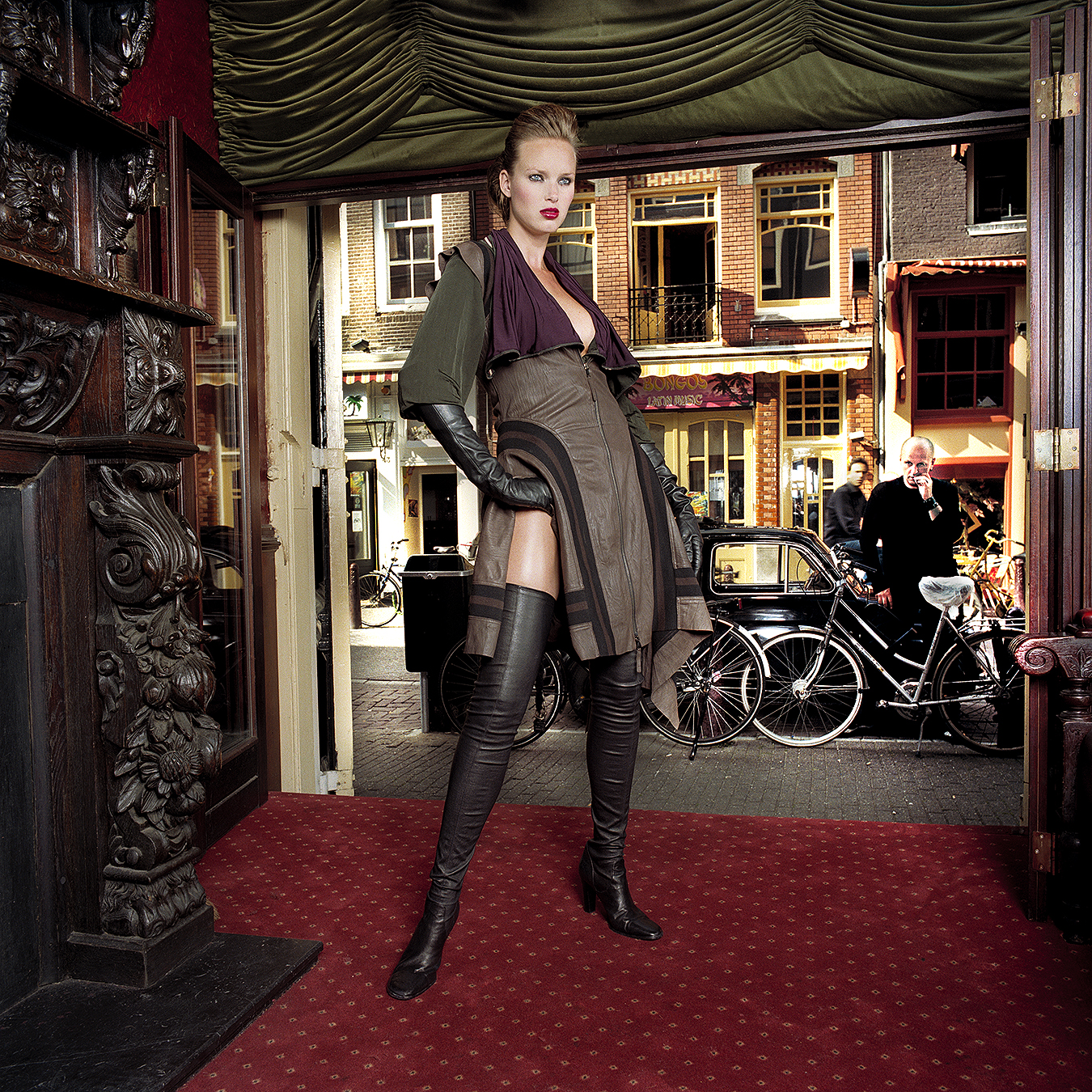 Tony_Ward_Fashion_photography_Amsterdam_Spoon_Magazine_model_Esther_Young_creative_director_Sascha_Lilic