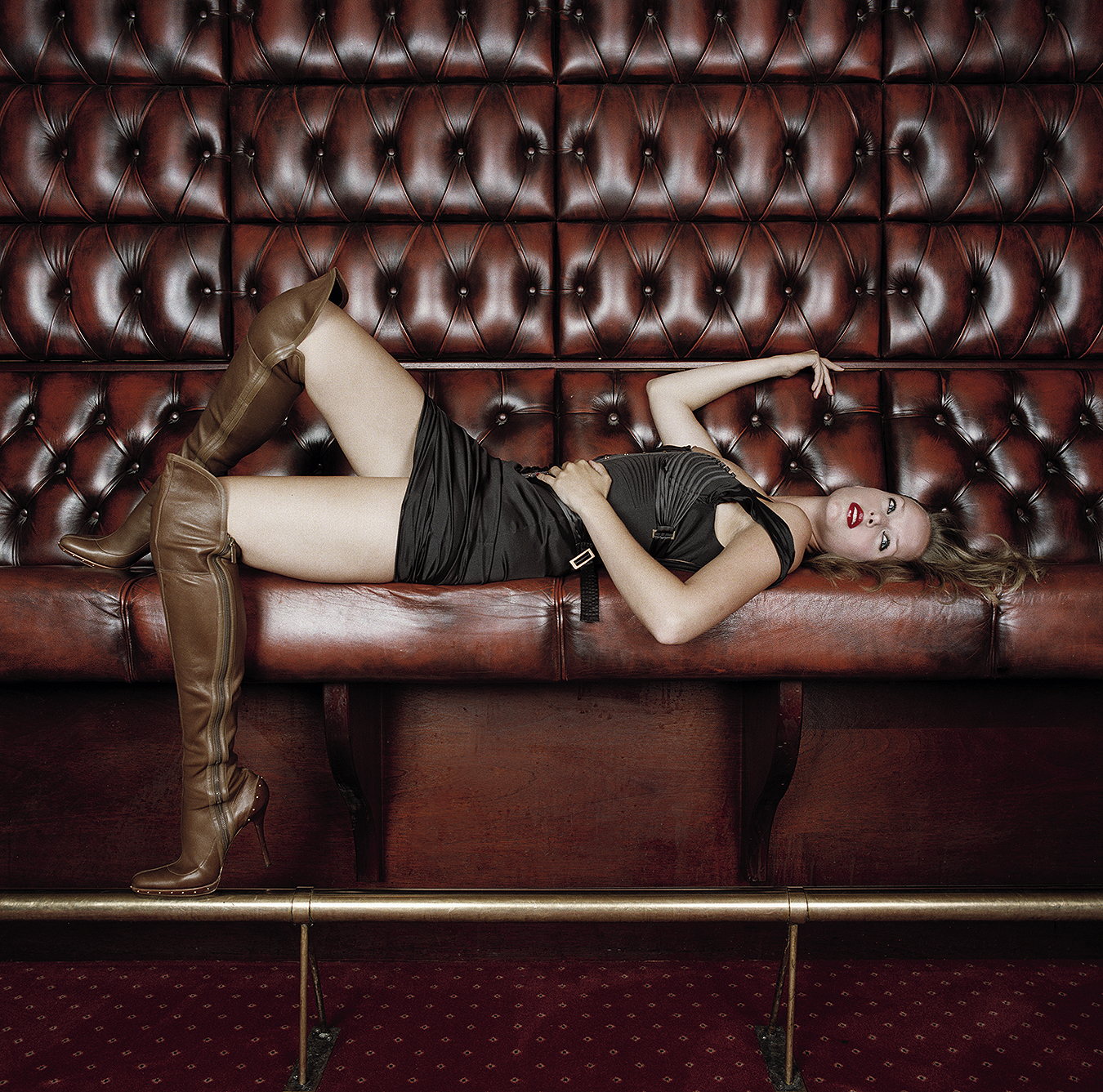 Tony_Ward_fashion_photography_Dutch_model_Esther_Young_lounging_brown_knee_high_leather_boots