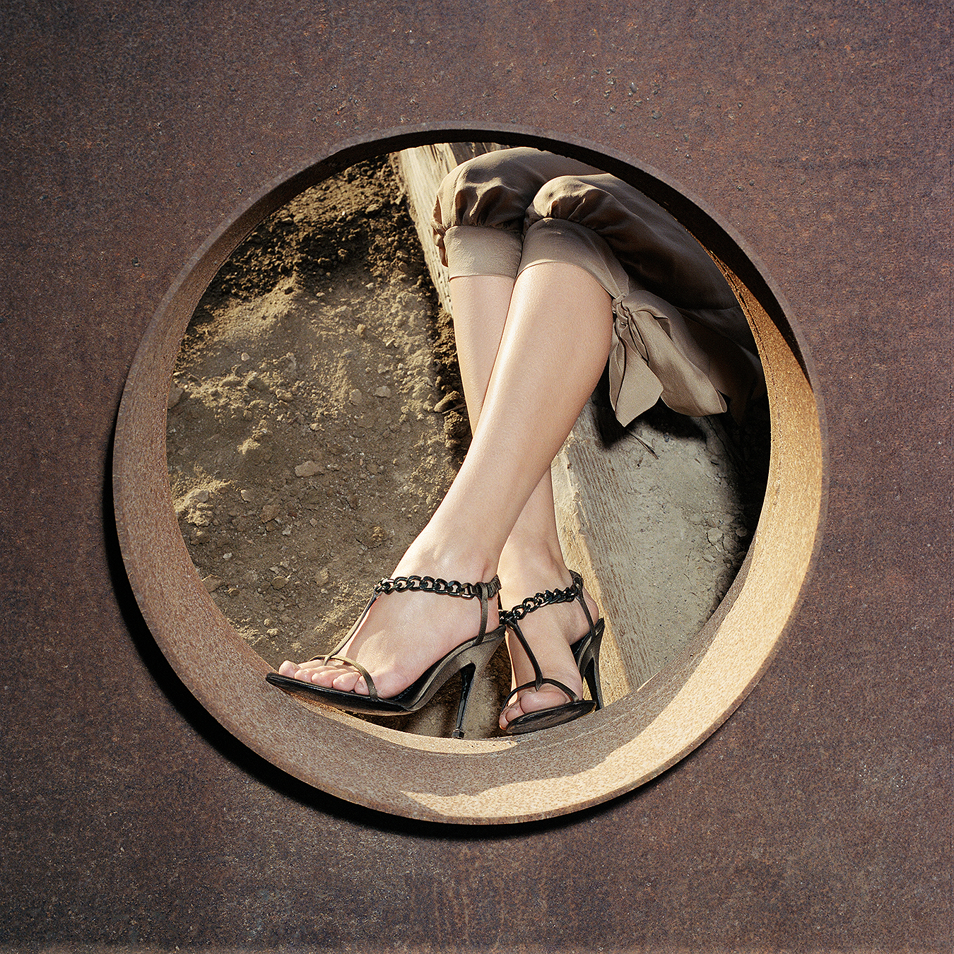 Tony_Ward_fashion_shoot_desert_Palm_Springs_California_Neiman_marcus_catalogue_shoes
