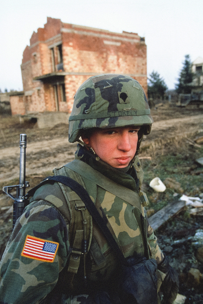 Soldiers, peacekeeping NATO 8th AD, Bosnia