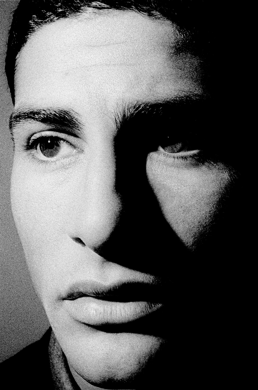 Tony_Ward_photography_early_work_portfolio_classics_portraiture_male_model_tungsten_light