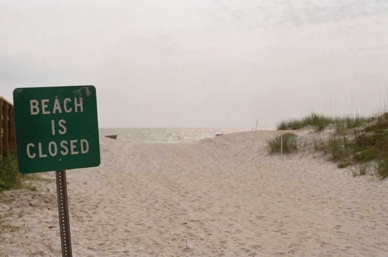 Beach_Is_Closed